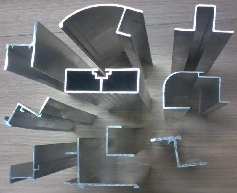 Perfil de aluminio para carrocerias